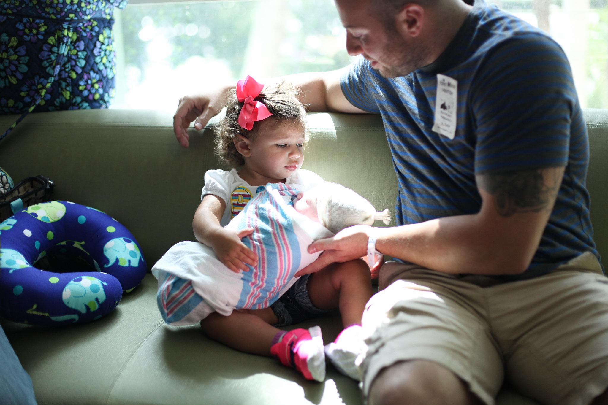 birth-center-hospital-photographer-photography-breastfeeding-south-florida-boca-regional-delray-palms-hollywood-pumping-water-natural-family-newborn-41.jpg