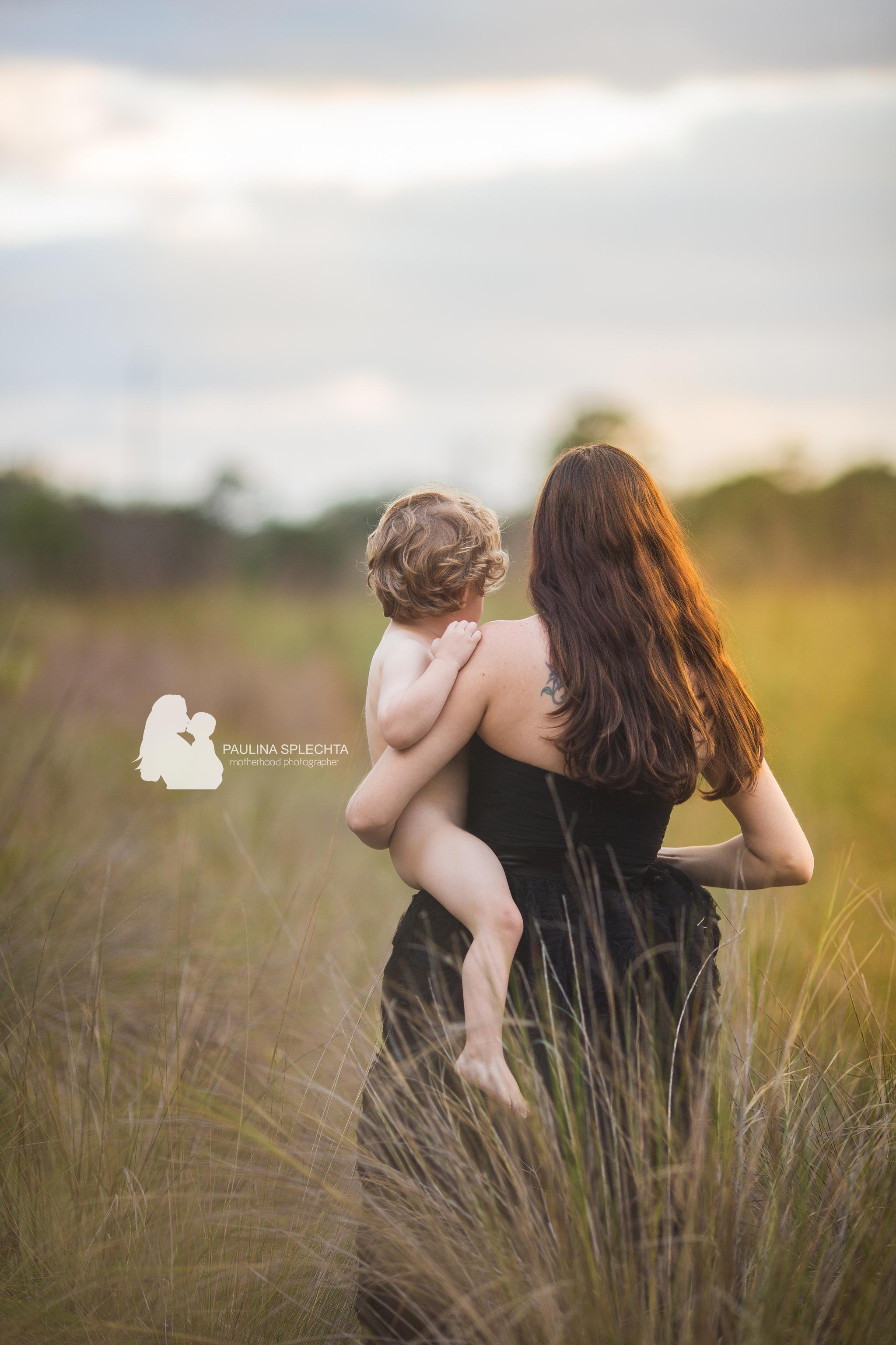 paulina-splechta-boca-birth-photographer-bocabirthphotographer-south-florida-birth-photographer-maternityphotographer-pregnancy-motherhood-10.jpg