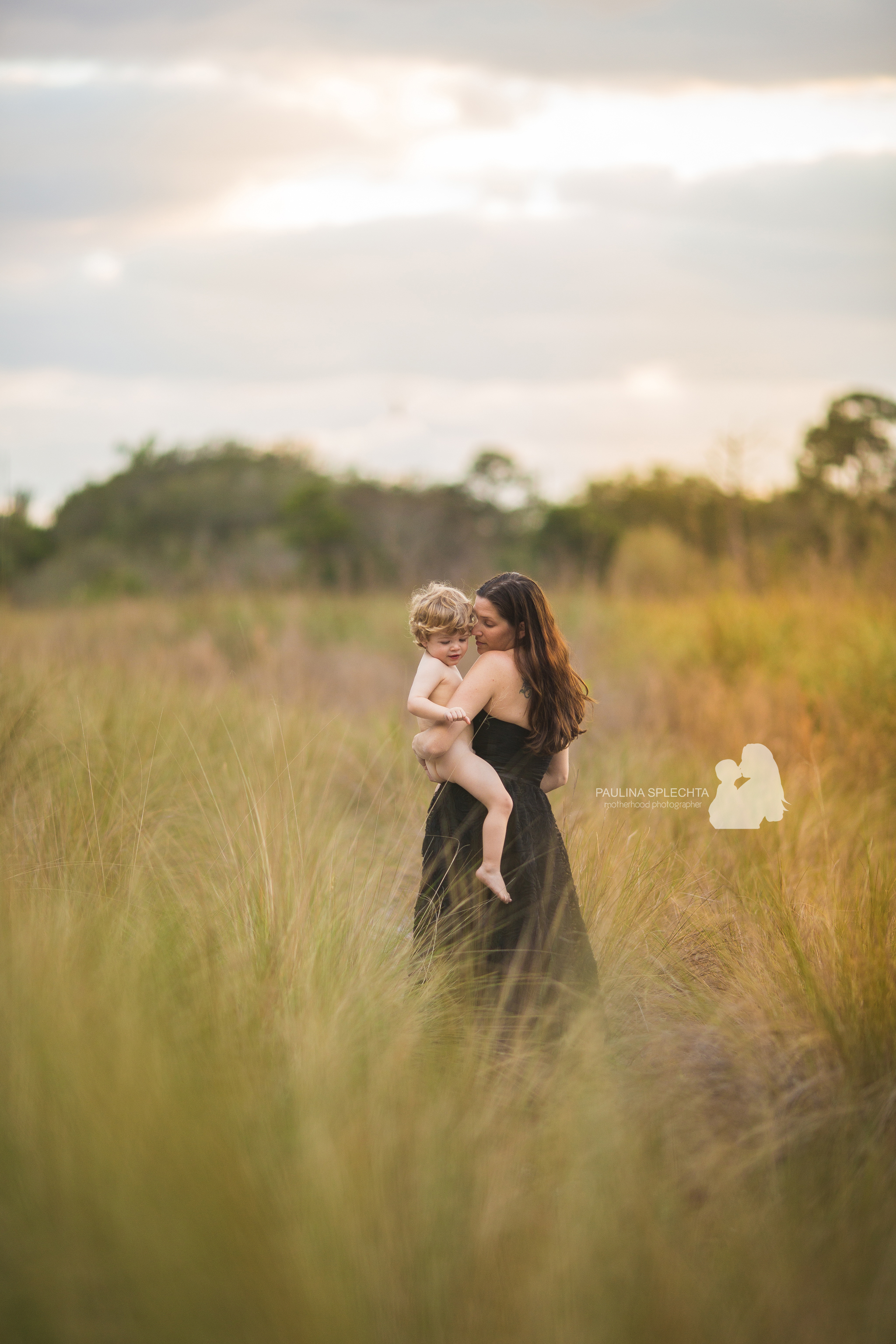 paulina-splechta-boca-birth-photographer-bocabirthphotographer-south-florida-birth-photographer-maternityphotographer-pregnancy-motherhood-11.jpg