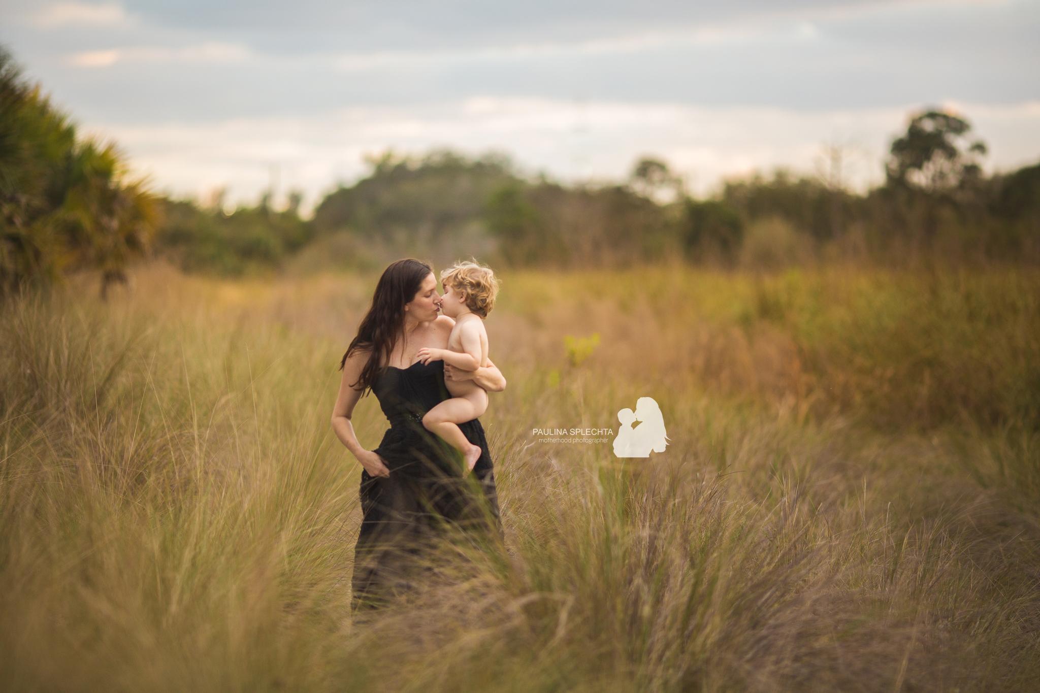 paulina-splechta-boca-birth-photographer-bocabirthphotographer-south-florida-birth-photographer-maternityphotographer-pregnancy-motherhood-12.jpg