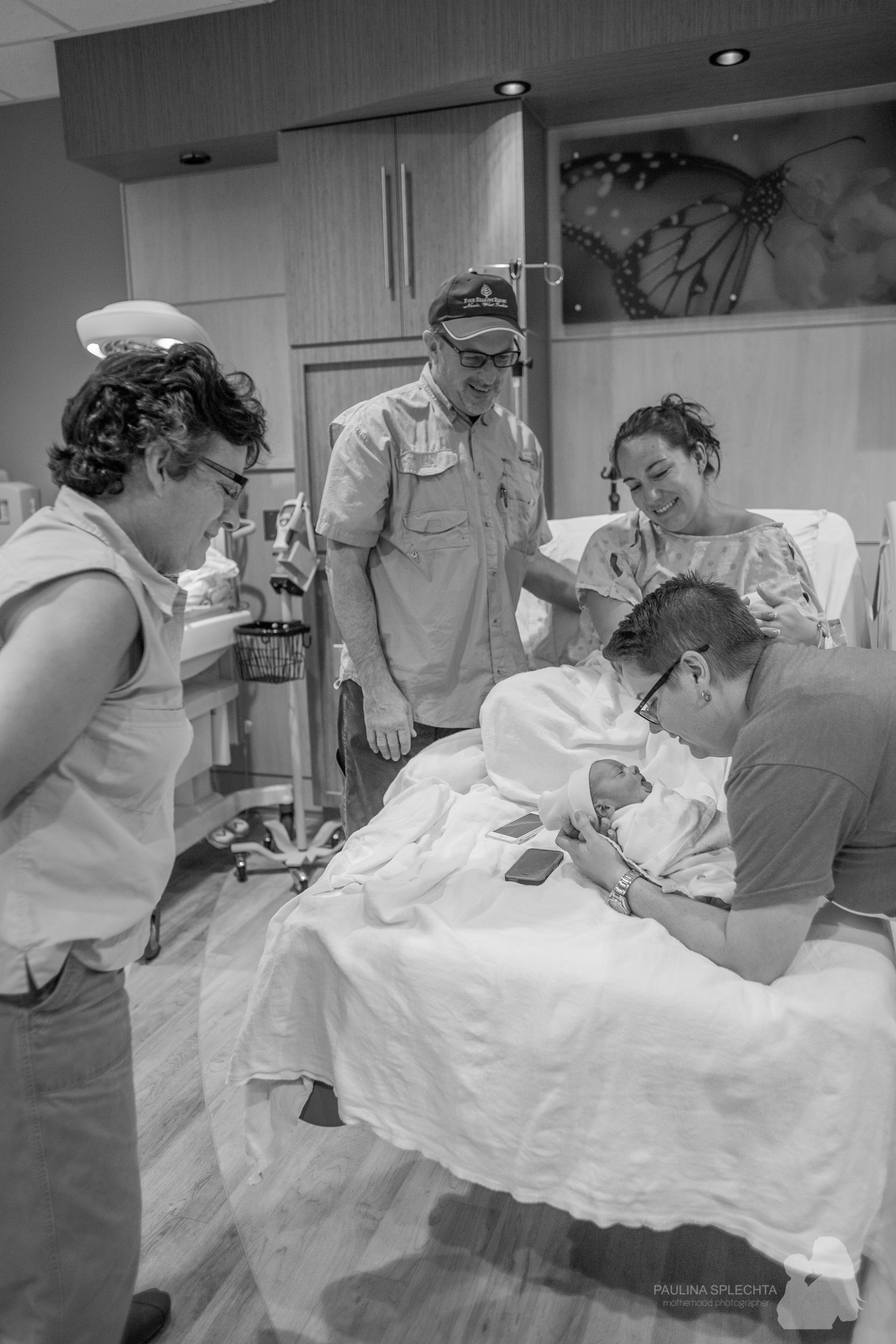 bocabirthphotographer-boca-birth-photographer-birth-center-hospital-hypnobirthing-midwife-doula-trimester-breastfeeding-florida-hollywood-delray-stop-nausea-morning-sickness-29.jpg
