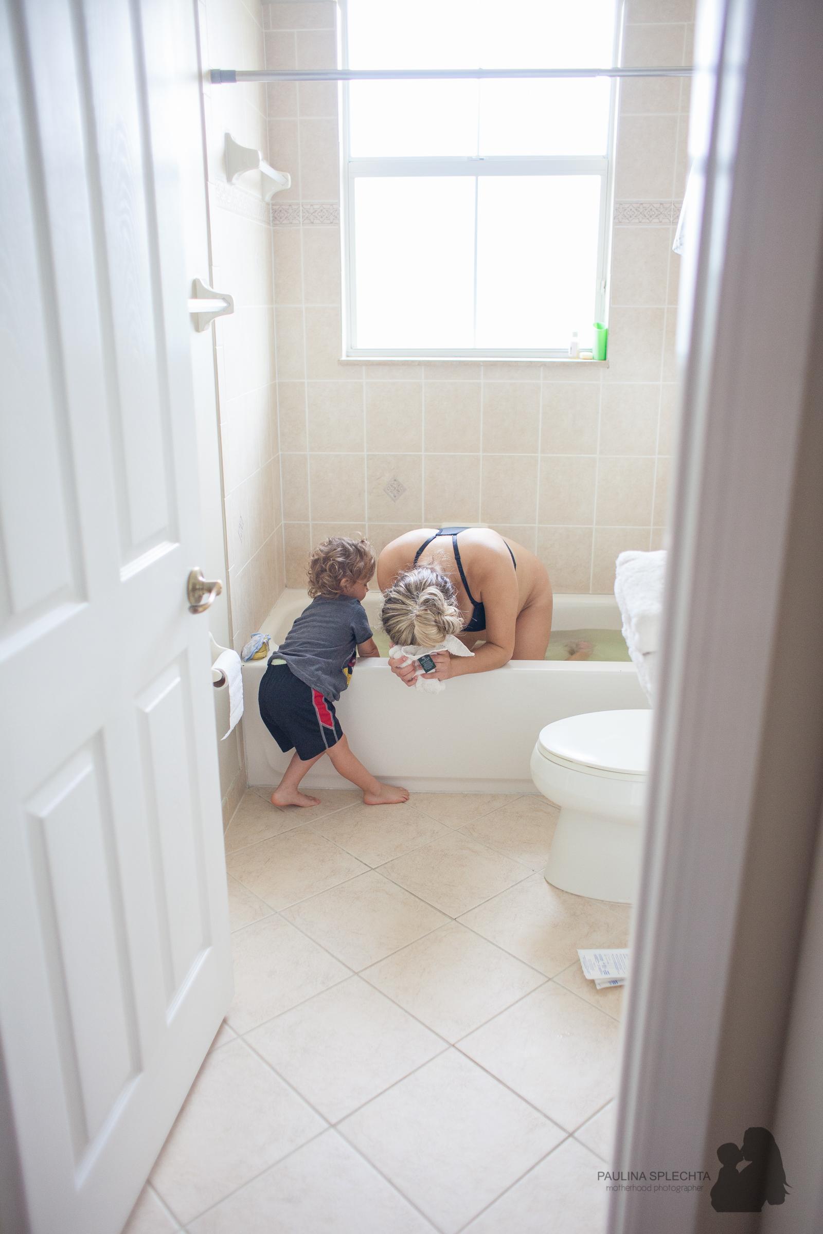 bocabirthphotographer-boca-birth-photographer-birth-center-hospital-hypnobirthing-midwife-doula-trimester-breastfeeding-florida-hollywood-delray-stop-nausea-morning-sickness-1.jpg