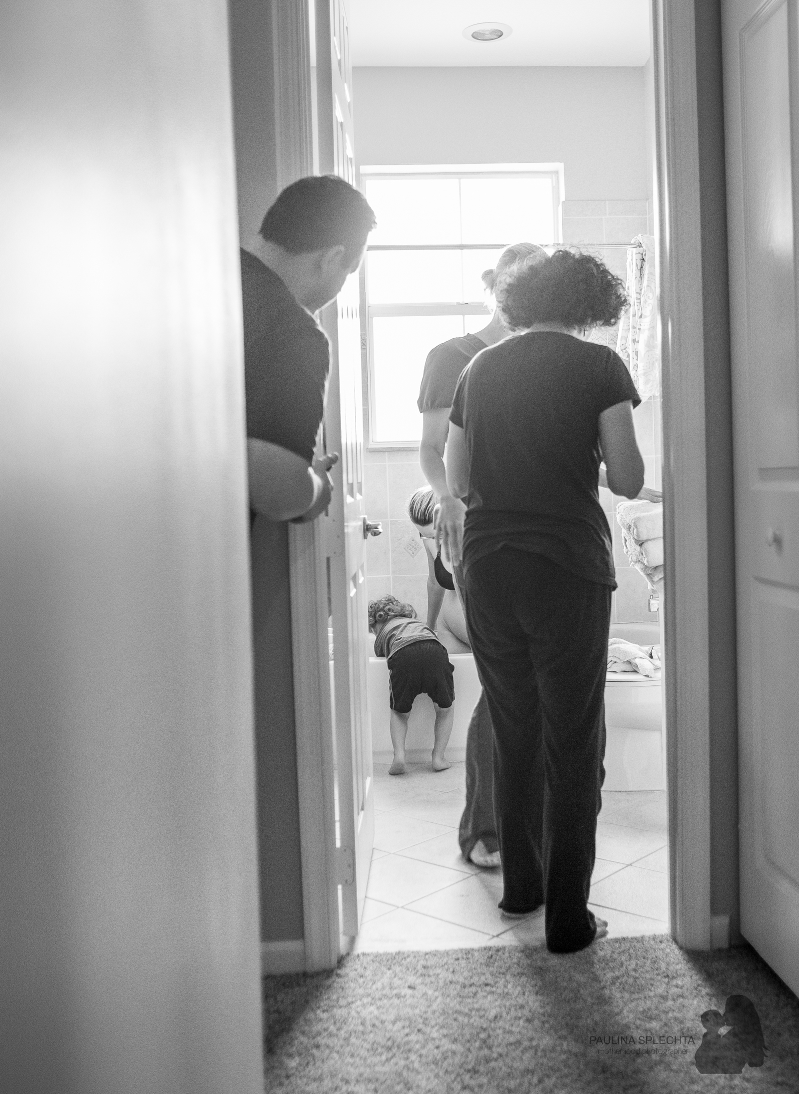 bocabirthphotographer-boca-birth-photographer-birth-center-hospital-hypnobirthing-midwife-doula-trimester-breastfeeding-florida-hollywood-delray-stop-nausea-morning-sickness-6.jpg