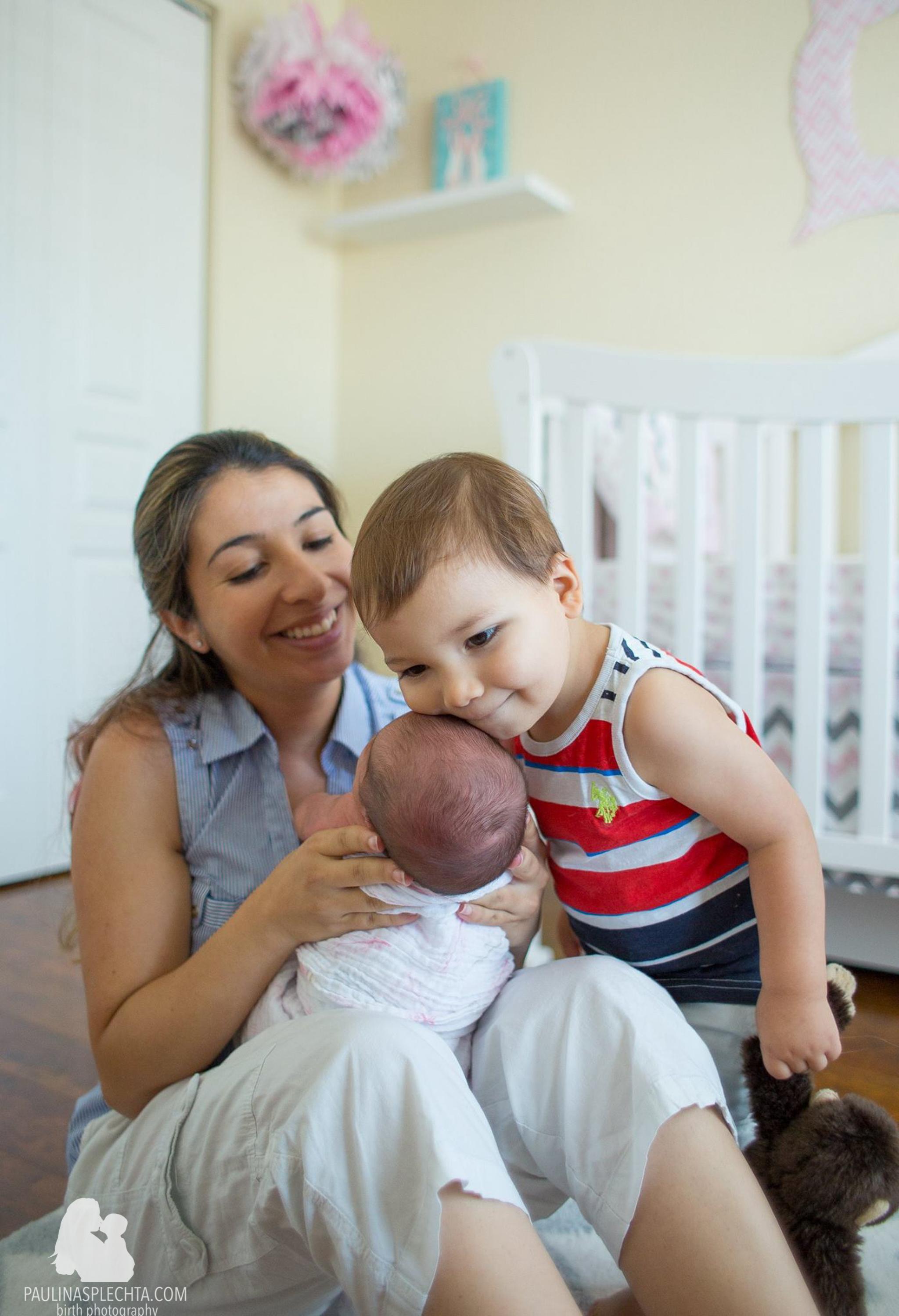 vbac-2vbac-birthwithoutfear-birthphotographer-midwife-womensmidwifery-christinehackshaw-kathyfair-22.jpg