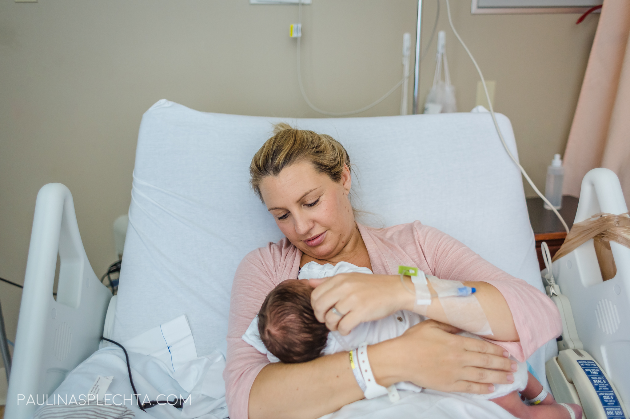 boca-birth-photographer-kathy-fair-courtney-mcmillian-midwife-bocaregional-regional-vaginal-birth-csection-repeat-cesarean-christina-hackshaw-1.jpg