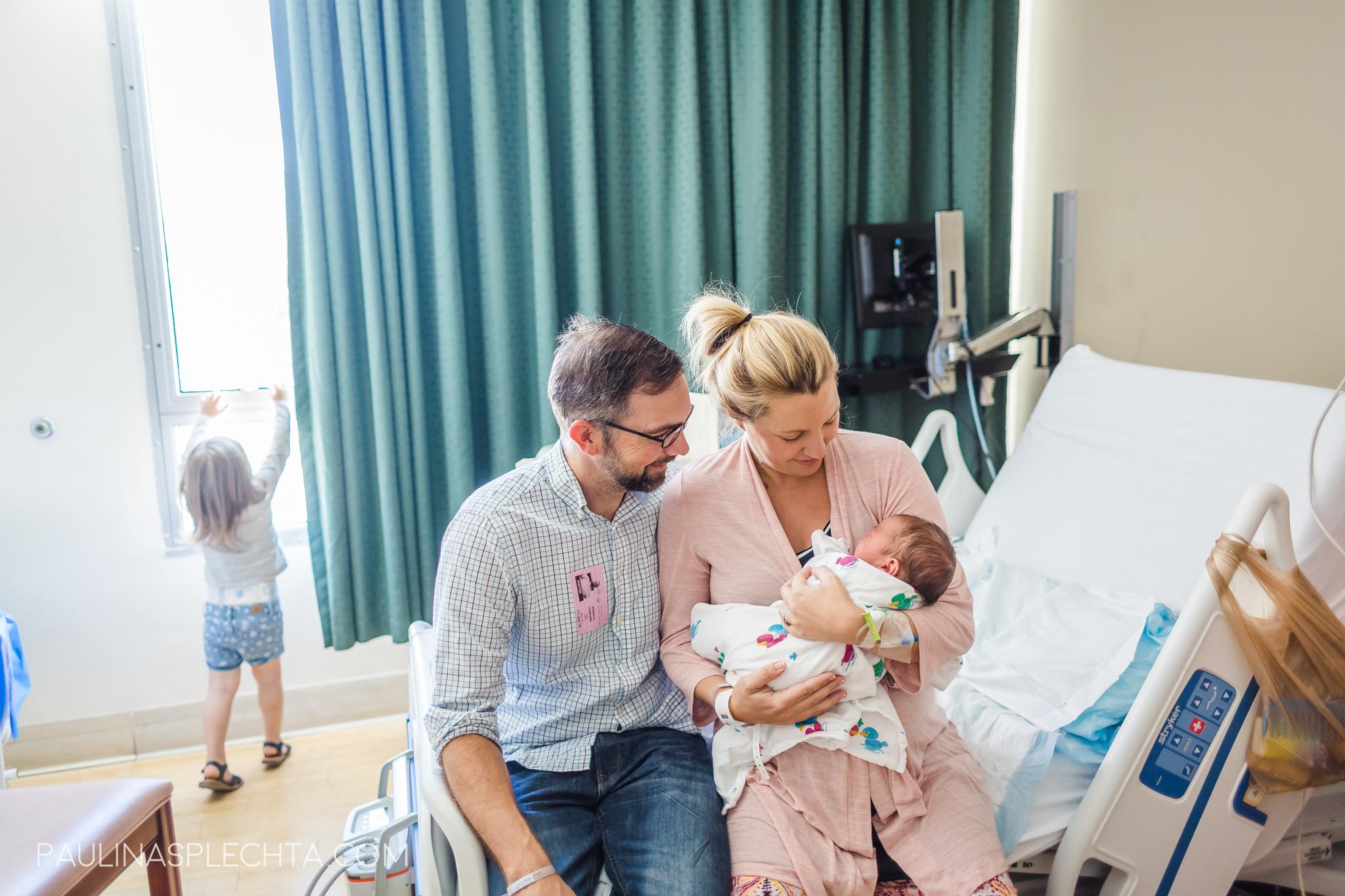 boca-birth-photographer-kathy-fair-courtney-mcmillian-midwife-bocaregional-regional-vaginal-birth-csection-repeat-cesarean-christina-hackshaw-7.jpg