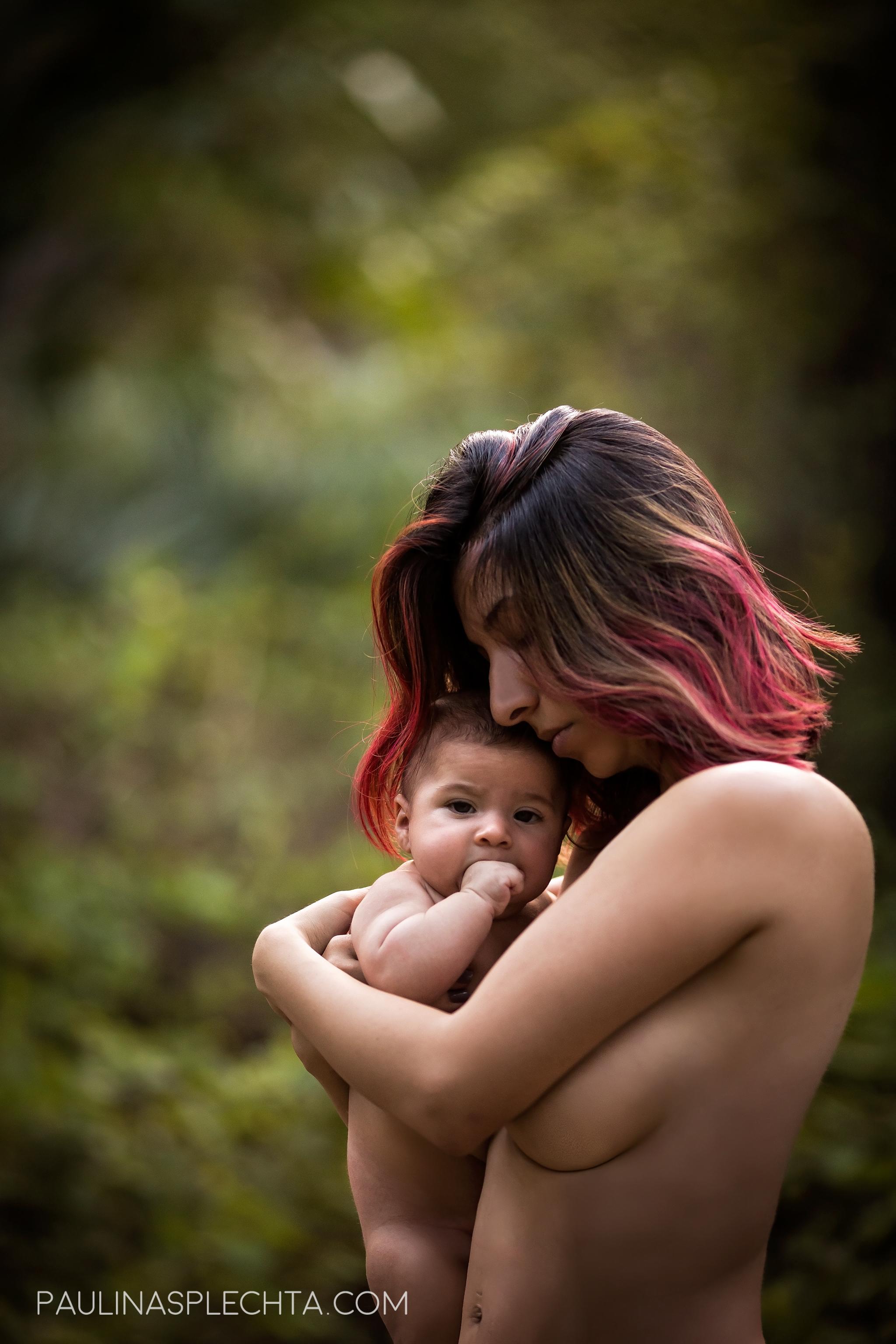 boca-raton-regional-hospital-vbac-car-birth-christine-hackshaw-kathy-fair-baby-bump-mommy-and-me-family-photographer-birth-5-2.jpg