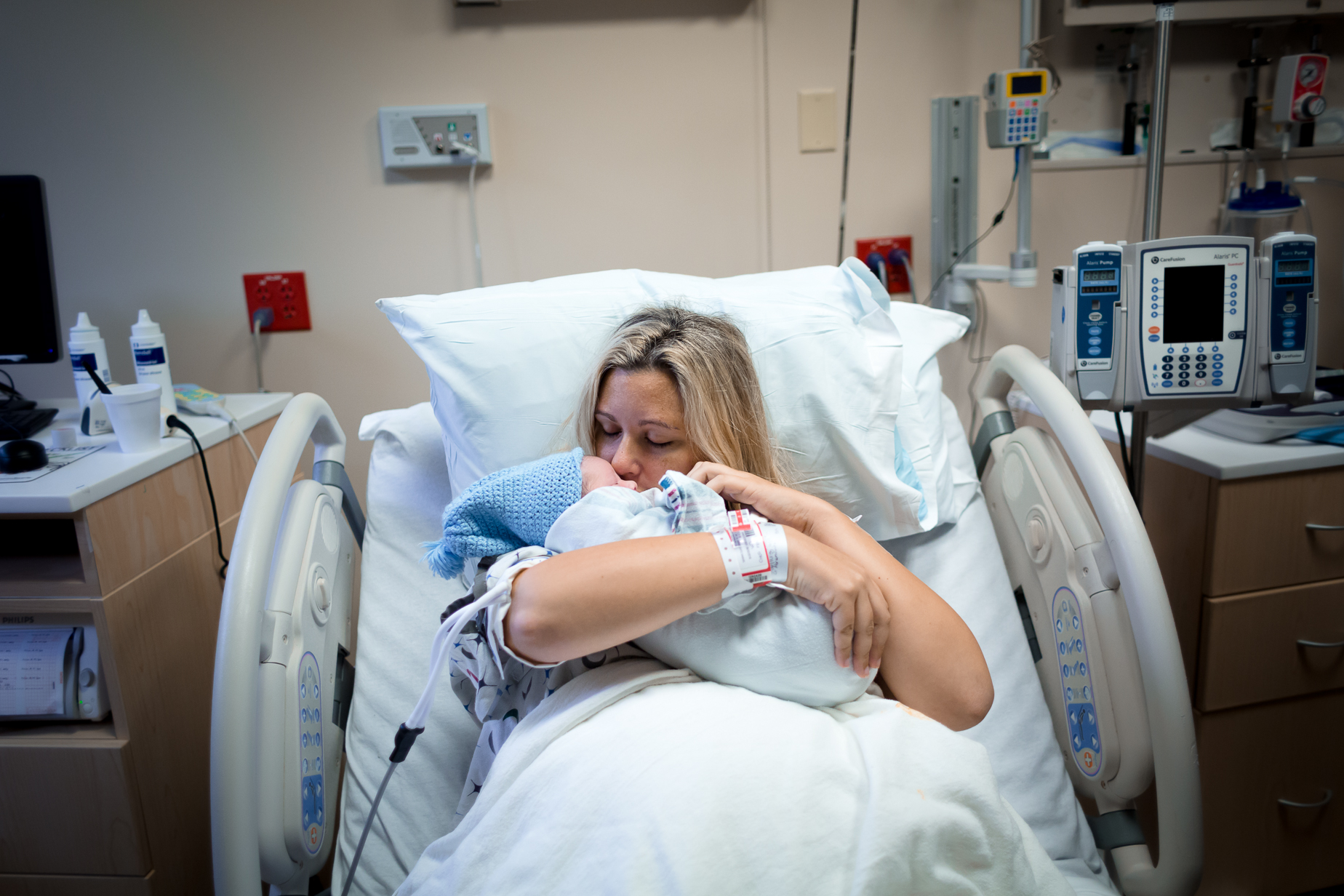 west-boca-hospital-gentle-c-section-epidural-vbac-home-birth-mary-harris-palms-birth-house-center-30.jpg