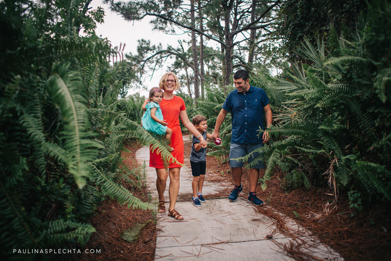 splechta-child-photographer-family-photographer-palm-beach.jpg
