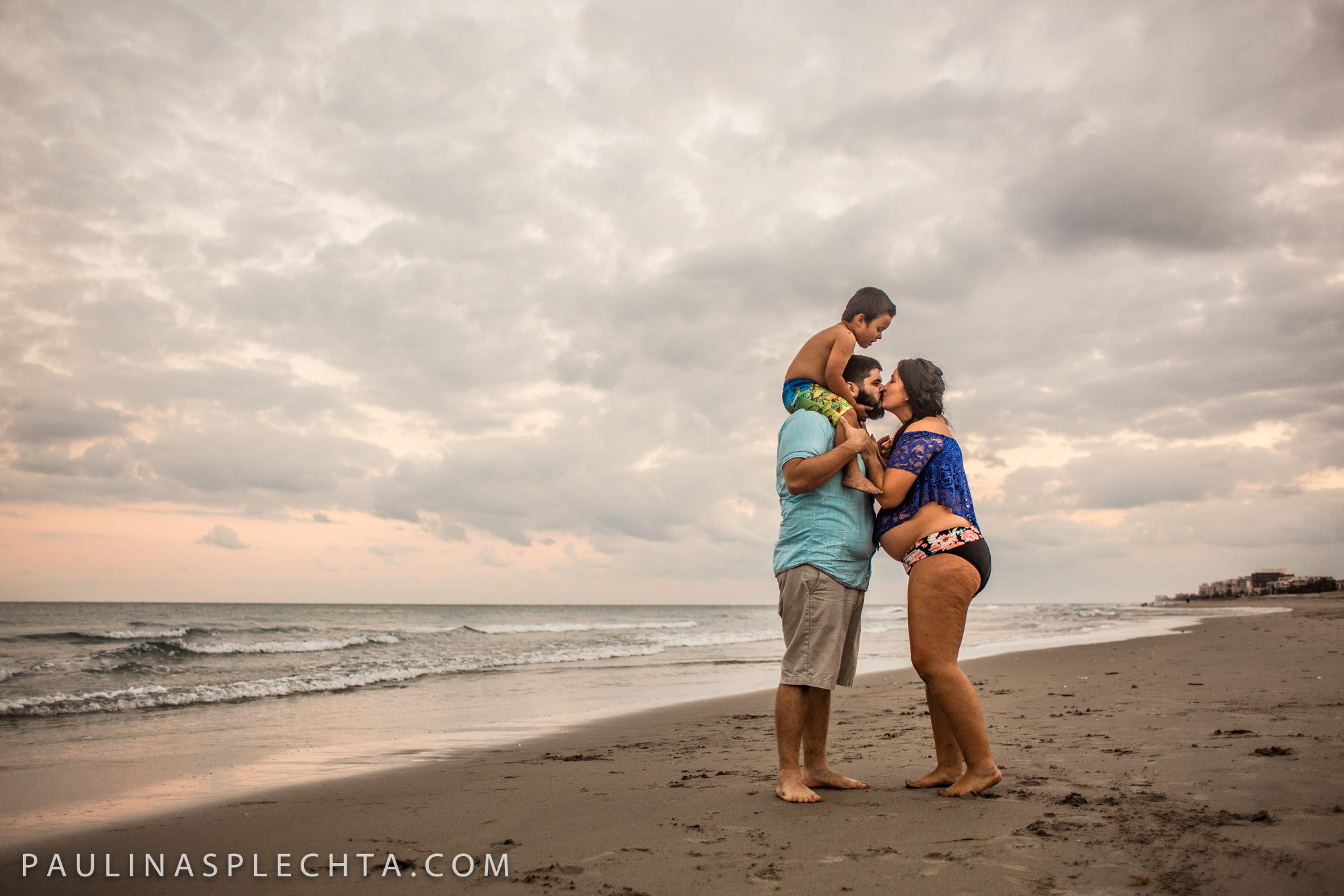 Maternity Newborn and Baby Photographer in Boca Raton Fort Lauderdale South Florida-31.jpg