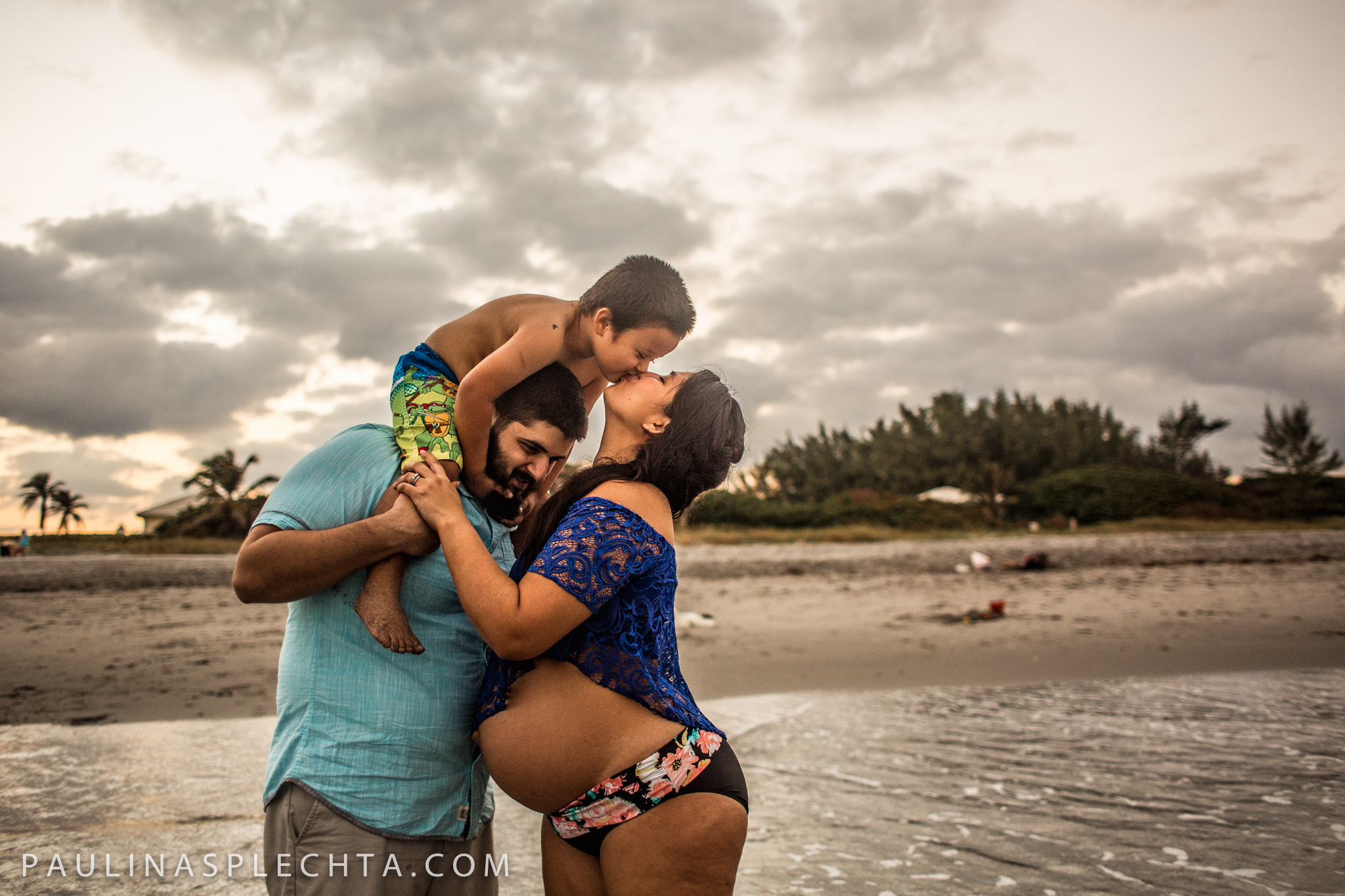 Maternity Newborn and Baby Photographer in Boca Raton Fort Lauderdale South Florida-32.jpg