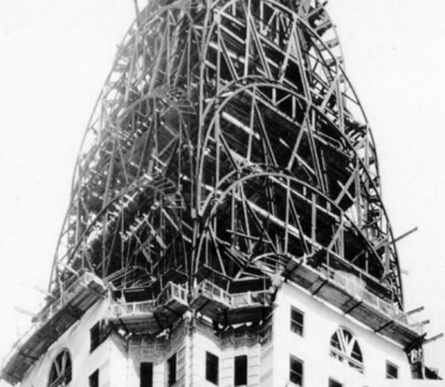 the-welcome-blog-tours-in-new-york-chrysler-building-construction