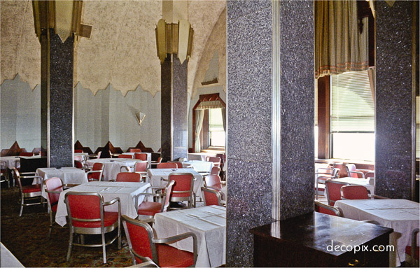 the-welcome-blog-tours-in-new-york-cloud-club-chrysler-building