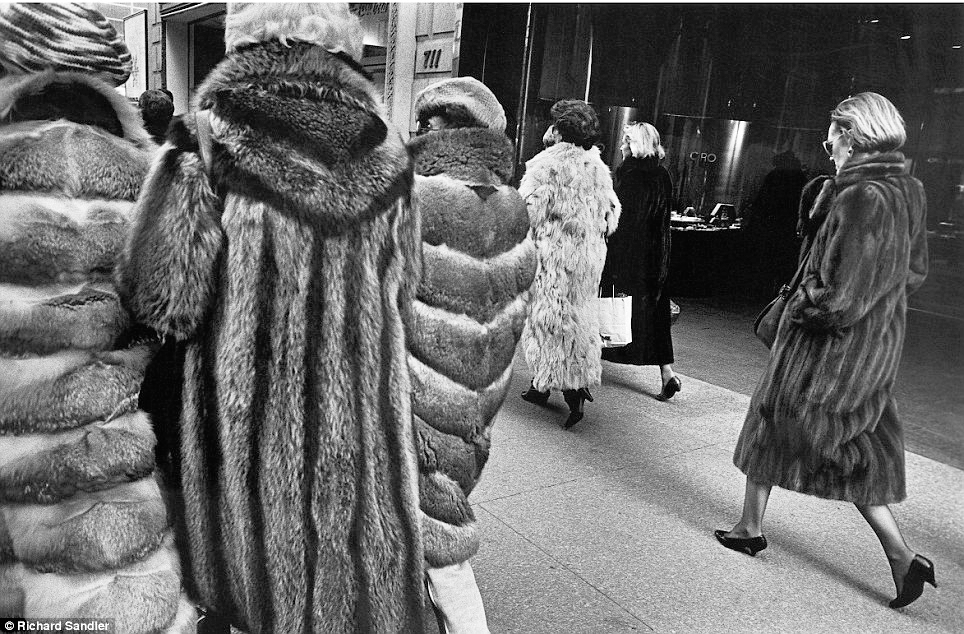Women stalk Manhattan's Fifth Avenue clad in expensive fur coats in 1987. (Photo: Richard Sandler)