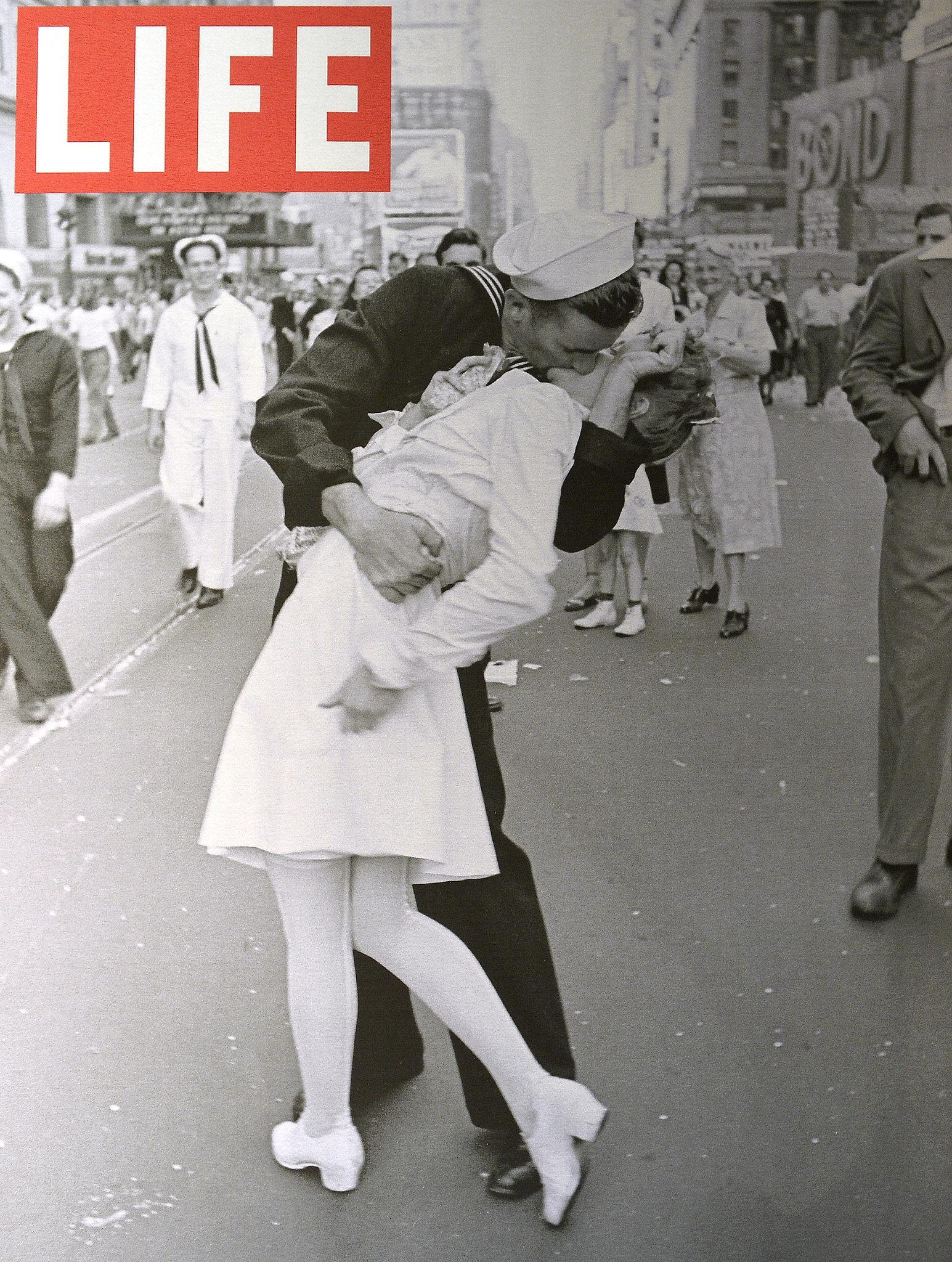 LIFE magazine cover (Copyright-Alfred Eisenstaedt/Life Magazine)