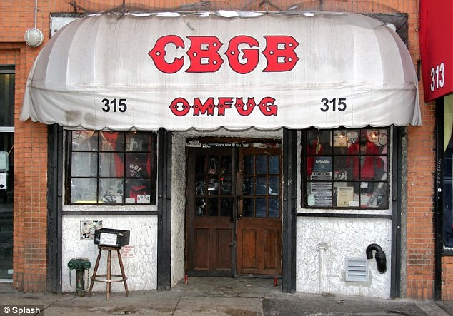 the-welcome-blog-sightseeing-in-new-york-CBGB