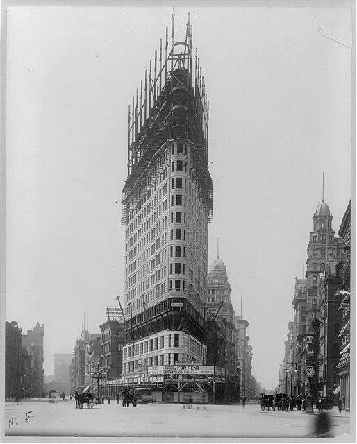 Construction of the Flatiron Building (Image: Library of Congress)