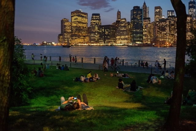 Brooklyn Bridge Park - Pier 1 (P hoto:Julienne Schaer)