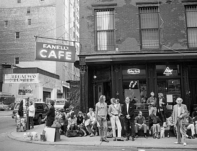 The Fanelli Cafe, a former speakeasy, on Prince Street (Credit: Ferdinando Scianna/Magnum Photos)