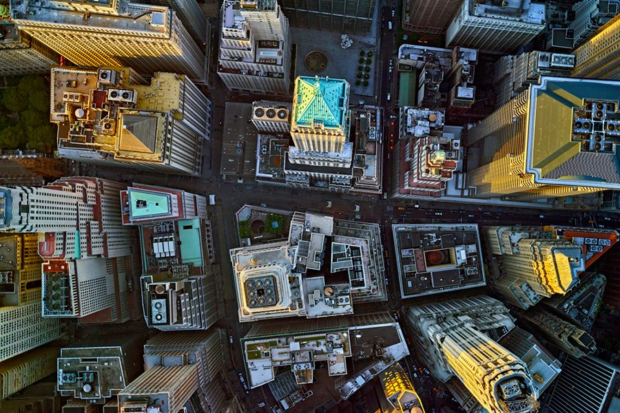 Click here to explore midtown Manhattan