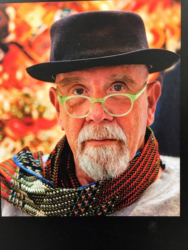 """Chuck Close Charles Thomas """"Chuck"""" Close is an American painter/artist and photographer who achieved fame as a photorealist, through his massive-scale portraits. Close often paints abstract portraits, which hang in collections internationally"""