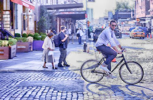 EXPLORE NEW YORK BY BIKE - ALSO, TAKE THE SUBWAY, A BUS, A YELLOW CAB OR EXPLORE EVERY BLOCK IN A WALKING TOUR