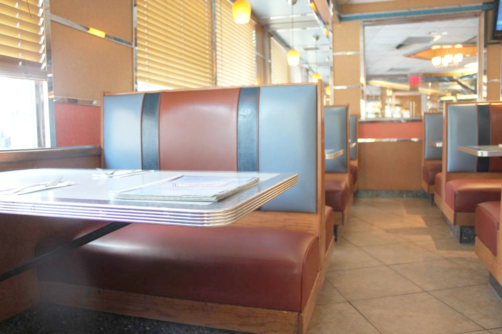 Clean, spacious, tasty and decent service all day everyday.