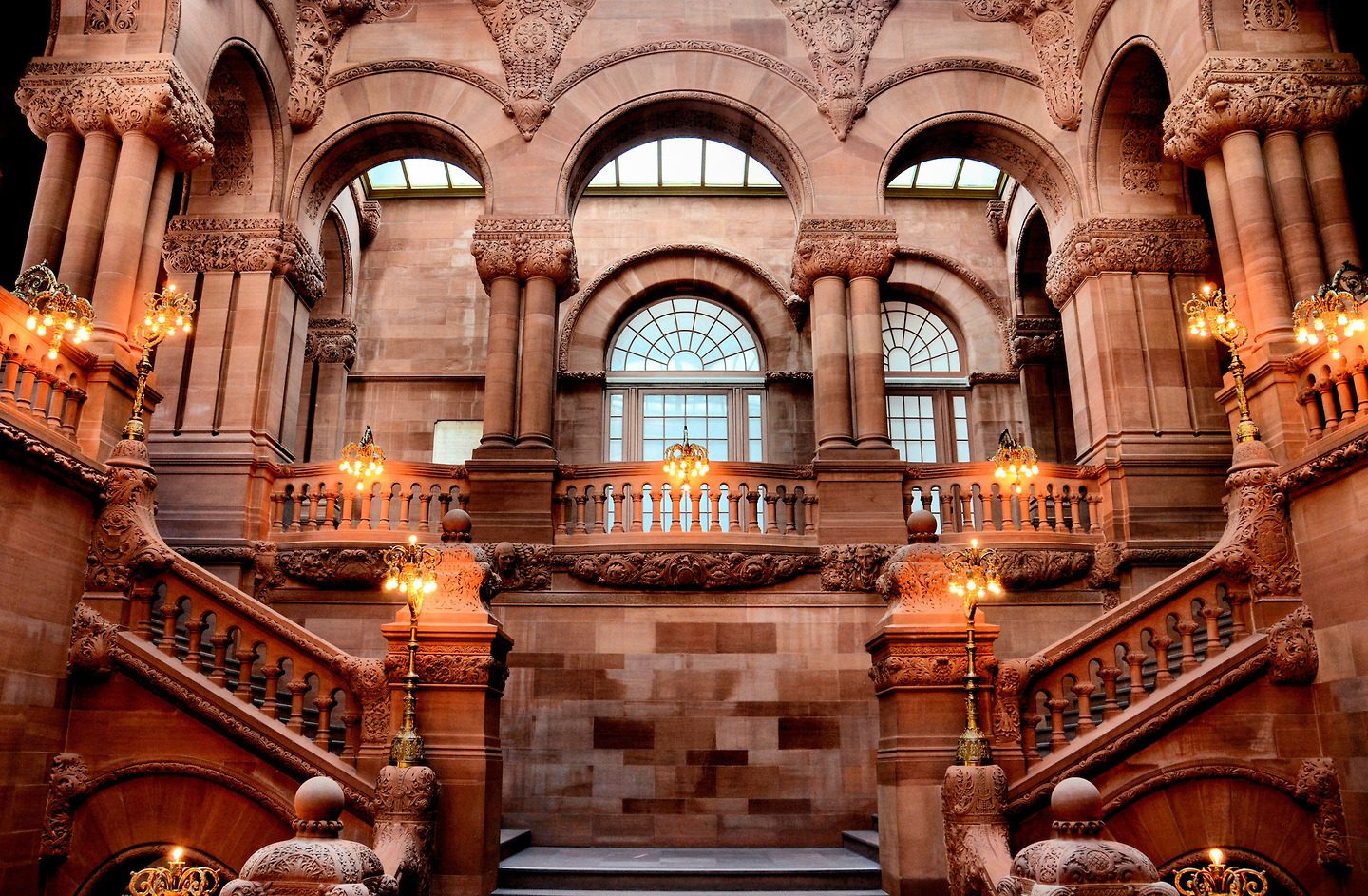 The One Million Dollar Staircase has 300 carved stone portraits of famous New Yorkers and others.