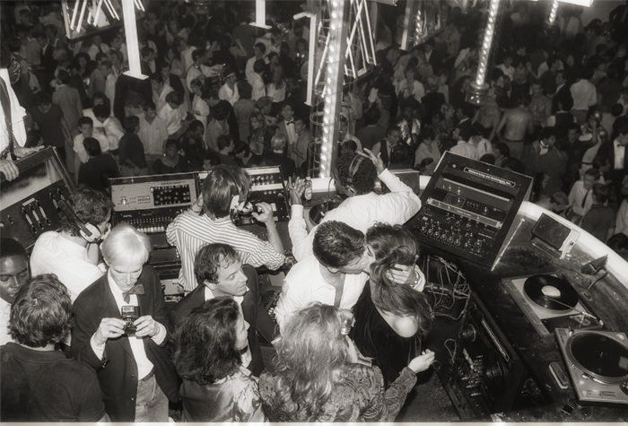 MIck Jagger, Andry Wharhol, Steve Rubbel, Brooke Shields at the DJ's cockpit at Studio 54. Credit:Hasse Perrson