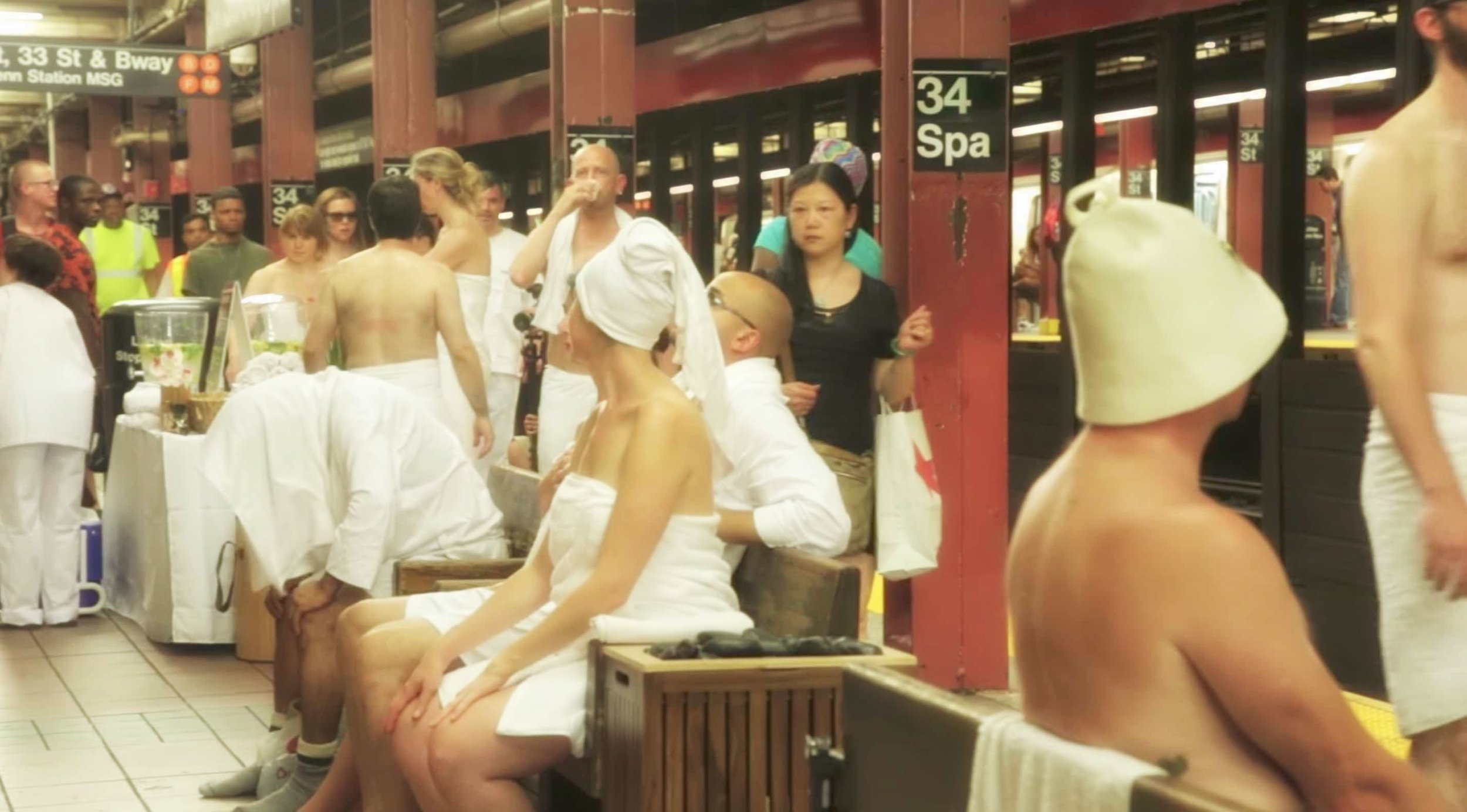 34 Street Spa – A fun way to enjoy the 95ºF / 35ºC temperature in the subway station when it's summer time