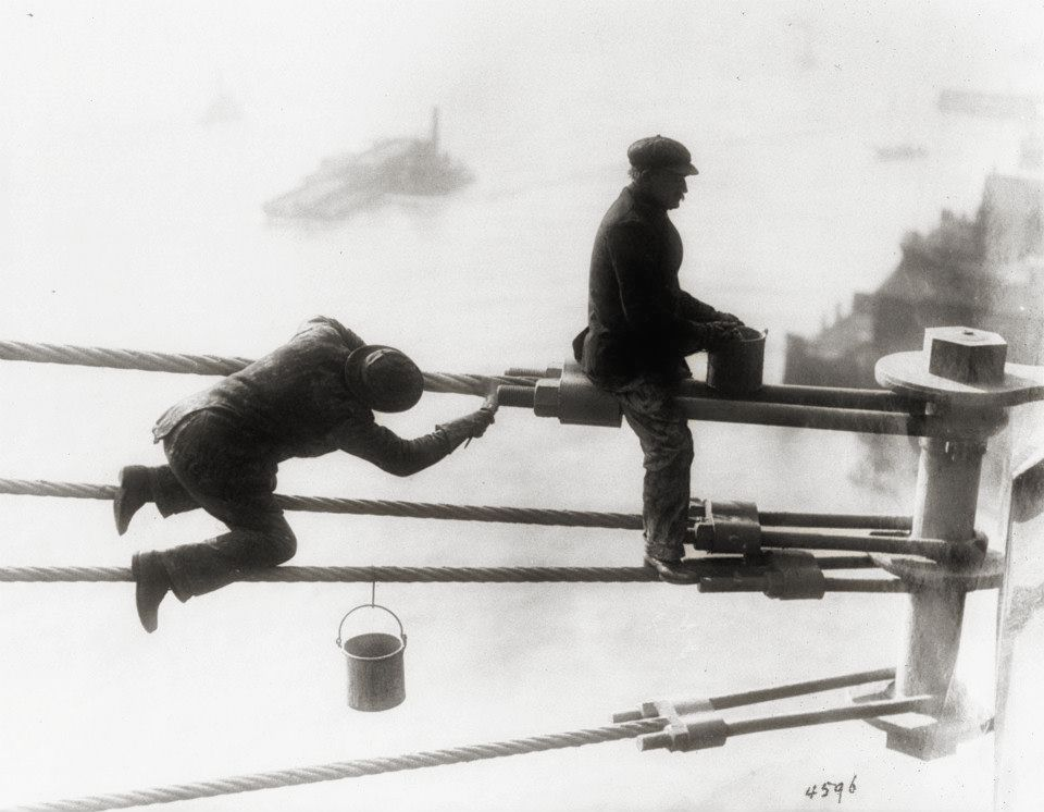 Brooklyn Bridge    workers (1915) | Image:New York City, Department of Records