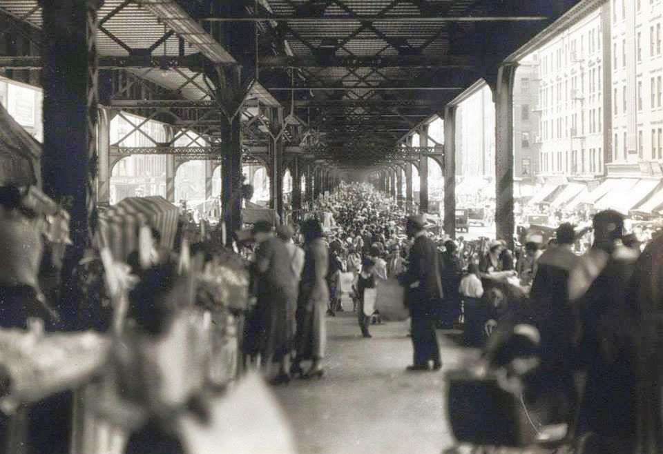 Park Avenue street fair (1932) | Image:New York City, Department of Records