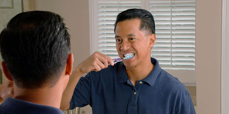 brushing-teeth-after-eating-1