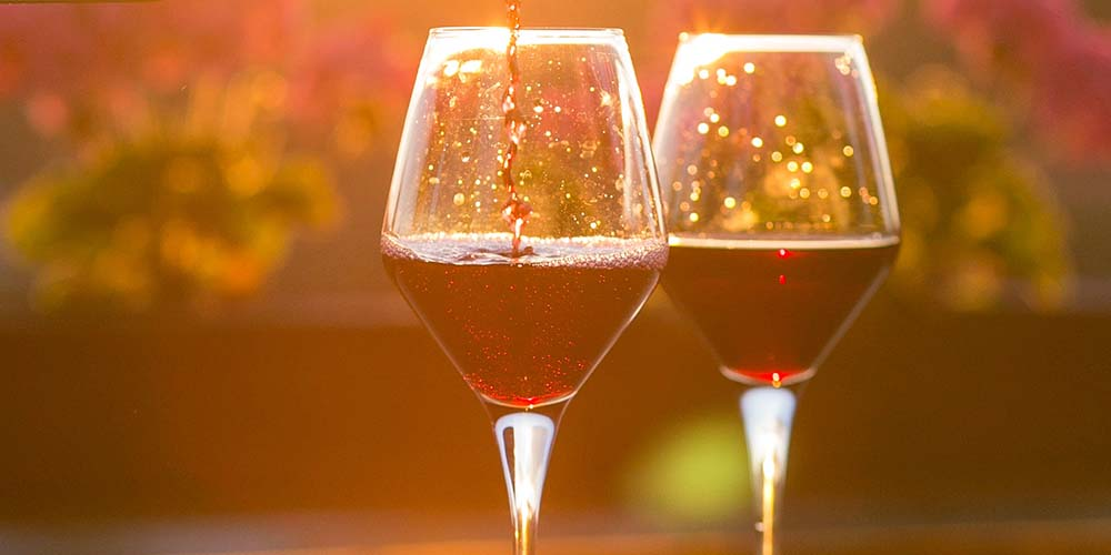 drinking-wine-oral-health-3.jpg