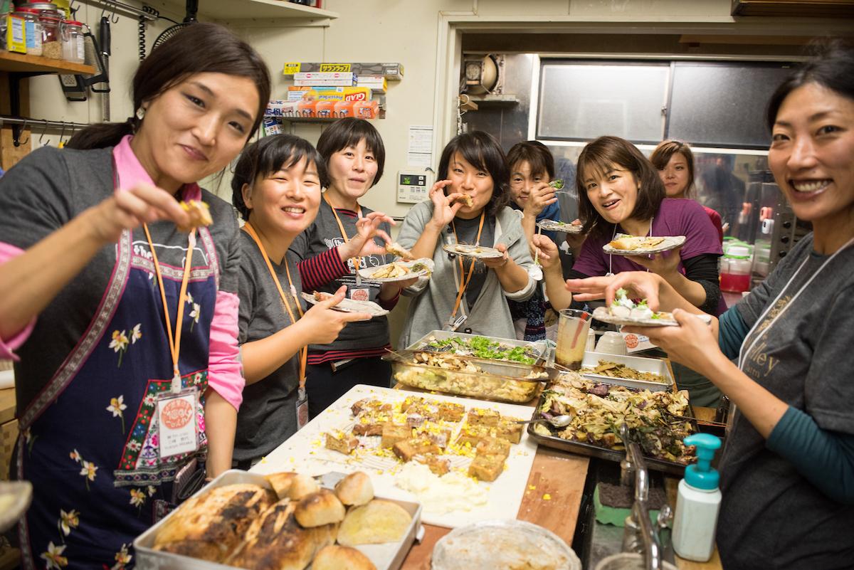 Shiga 100 Young Women Farmers