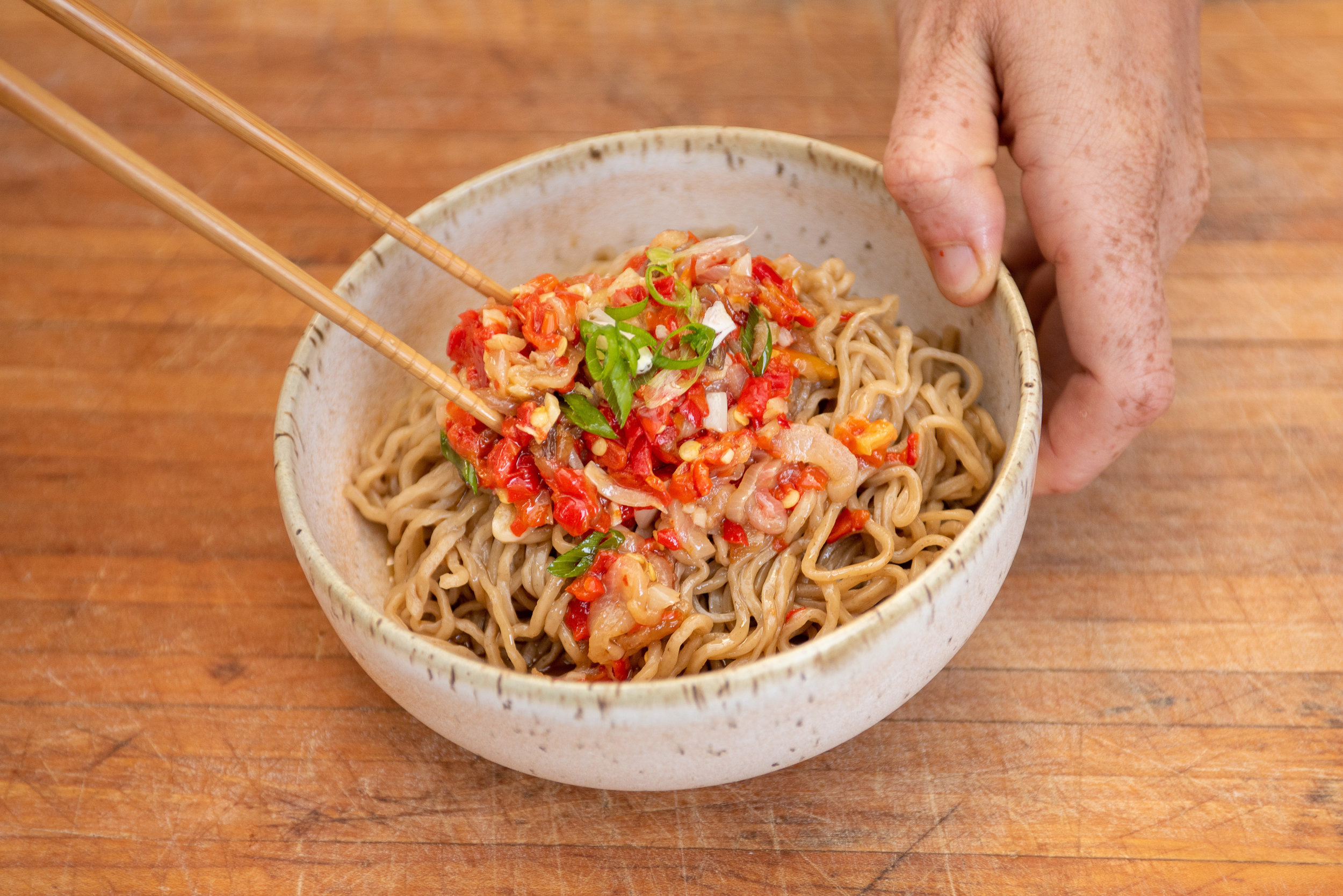 chili garlic noodles-057.jpg