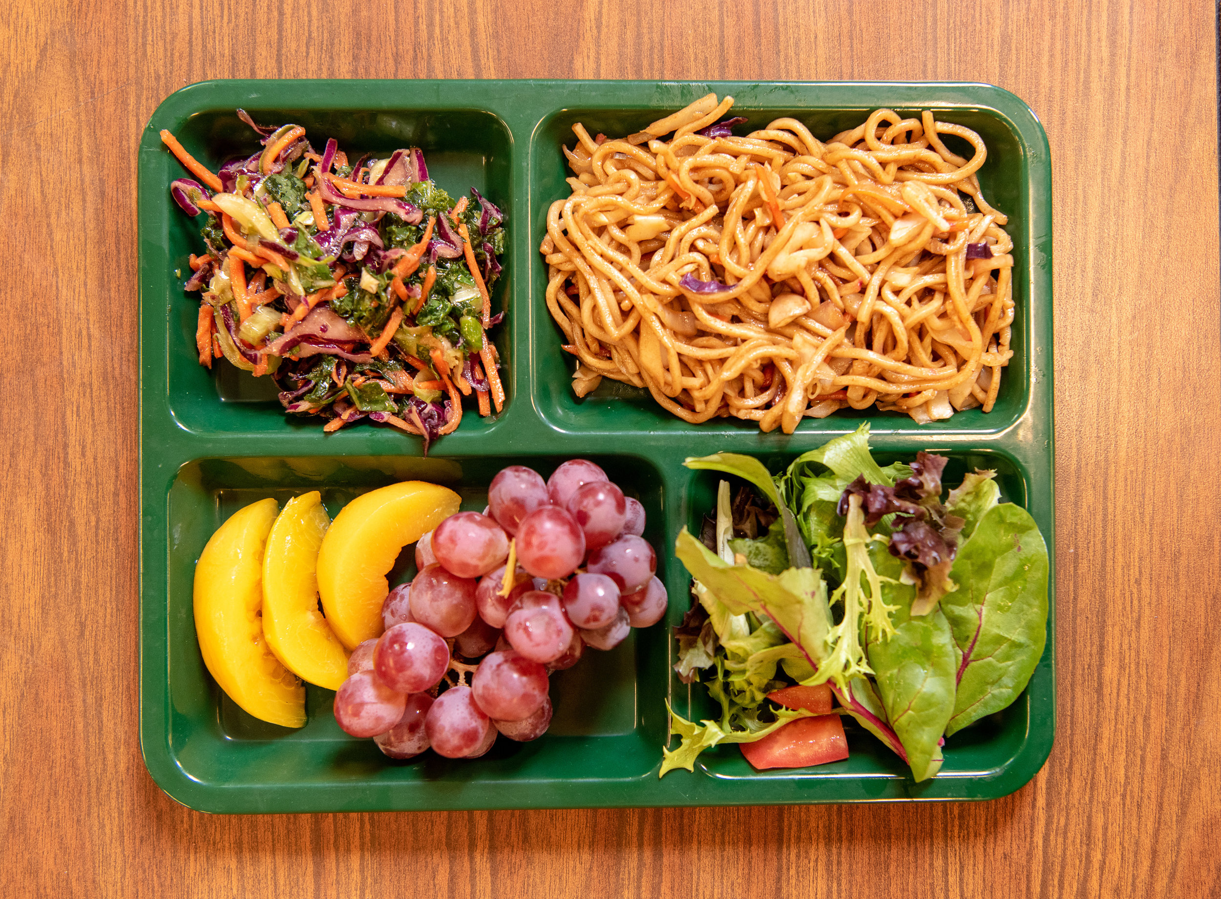 umi_school_lunch_line_0111.jpg