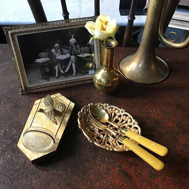 Little golden things 🌟