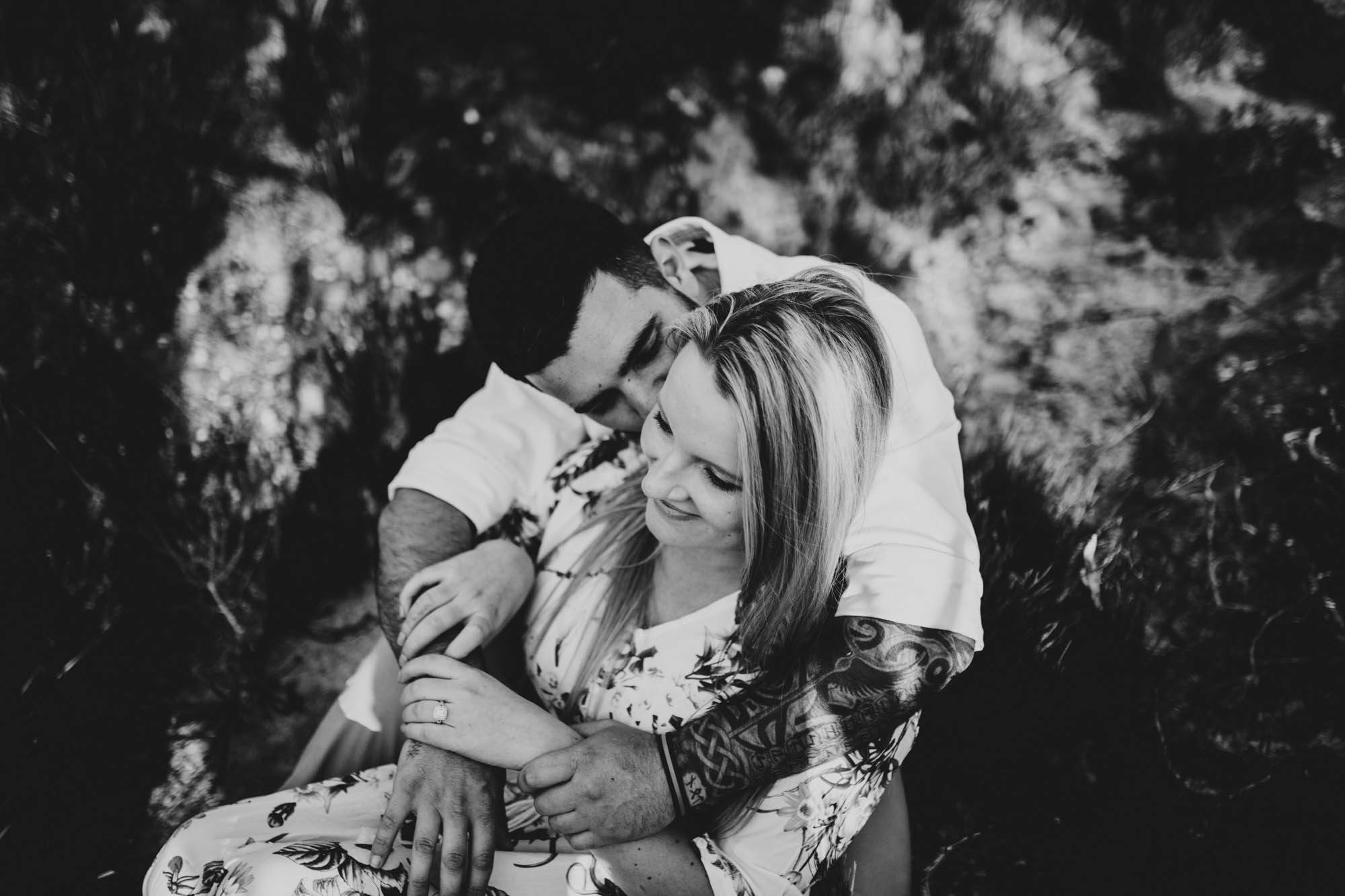 BECKY_SAMMY_LINCOLNS_ROCK_ENGAGEMENT_SESSION