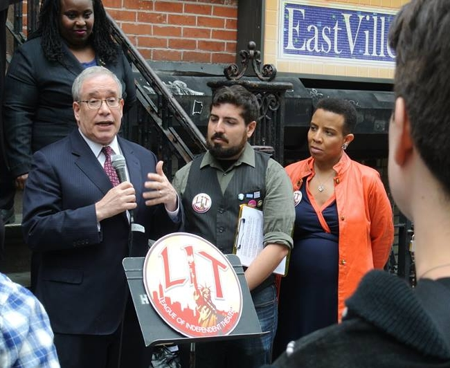 Scott M. Stringer, the League's endorsed candidate for Comptroller, speaking with the League's Managing Director, Guy Yedwab, and the League's endorsed candidate for District 35, Laurie Cumbo, on the steps of the Kraine Theatre in the East Village.