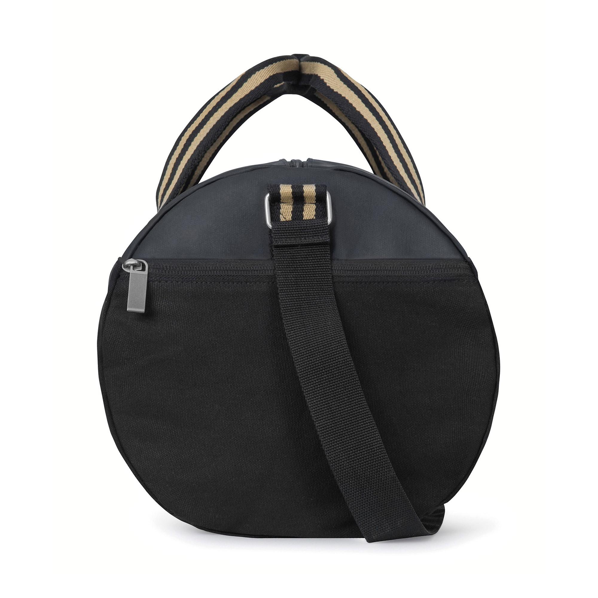 Zippered accessories pocket