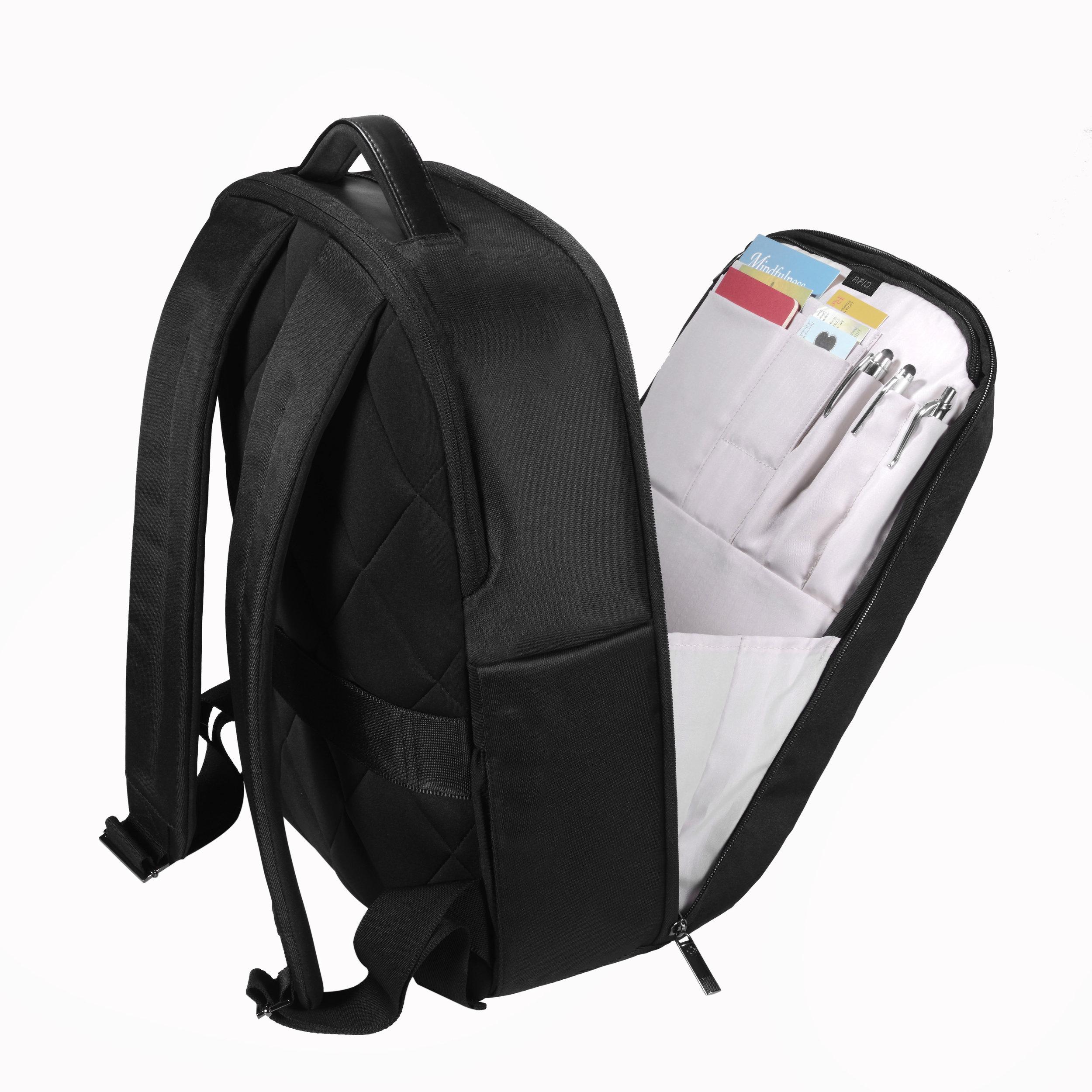 Sleek, soft seamed organizational pockets.