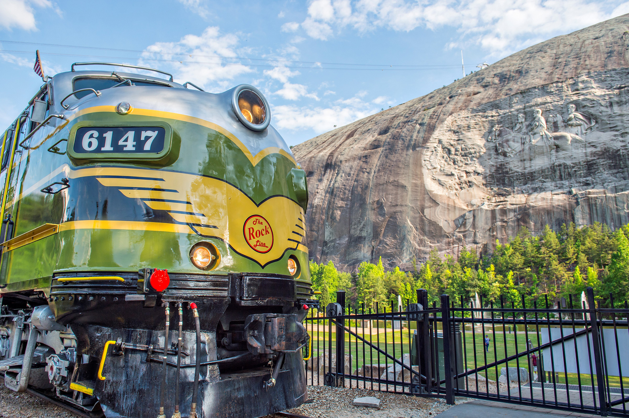 stone-mountain-train-1502386931.jpg