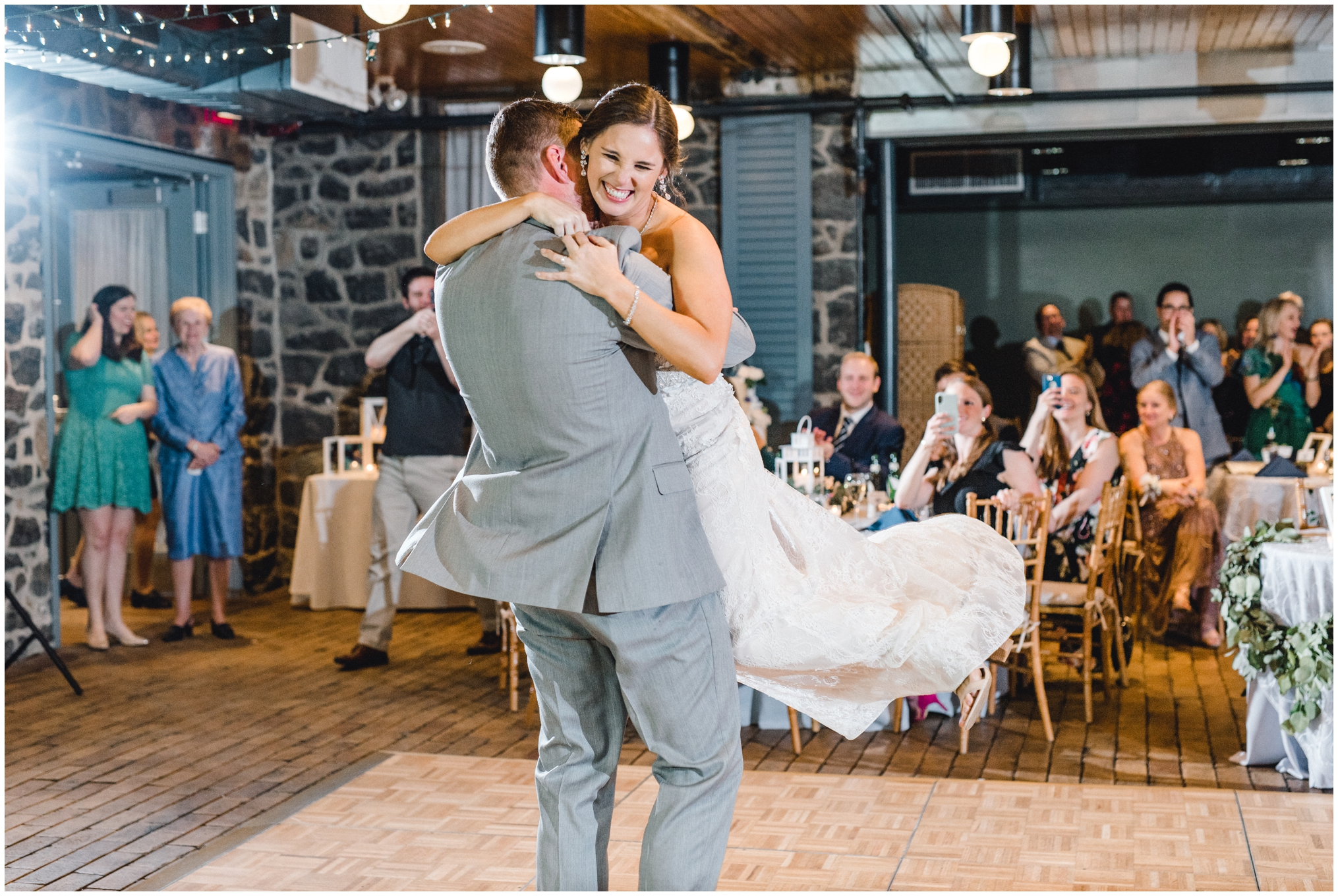 Krista Brackin Photography | April Wedding at The Carriage House at Rockwood Park_0108.jpg