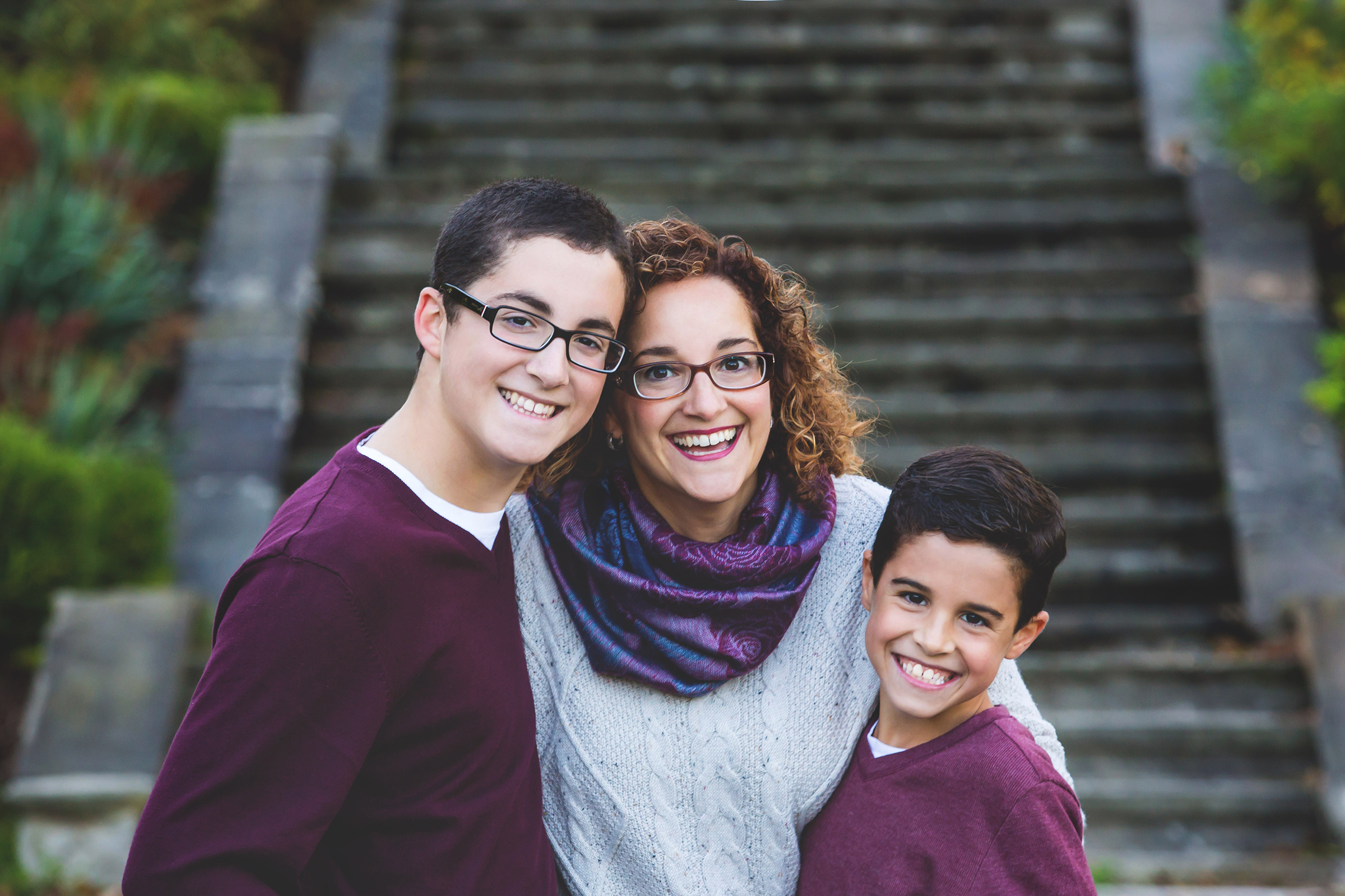 Family-Portraits-Hamilton-Stoney-Creek-Oakville-Burlington-Niagara-Photography-Moments-by-Lauren-Photographer-Lifestyle-Photo-Image4.png
