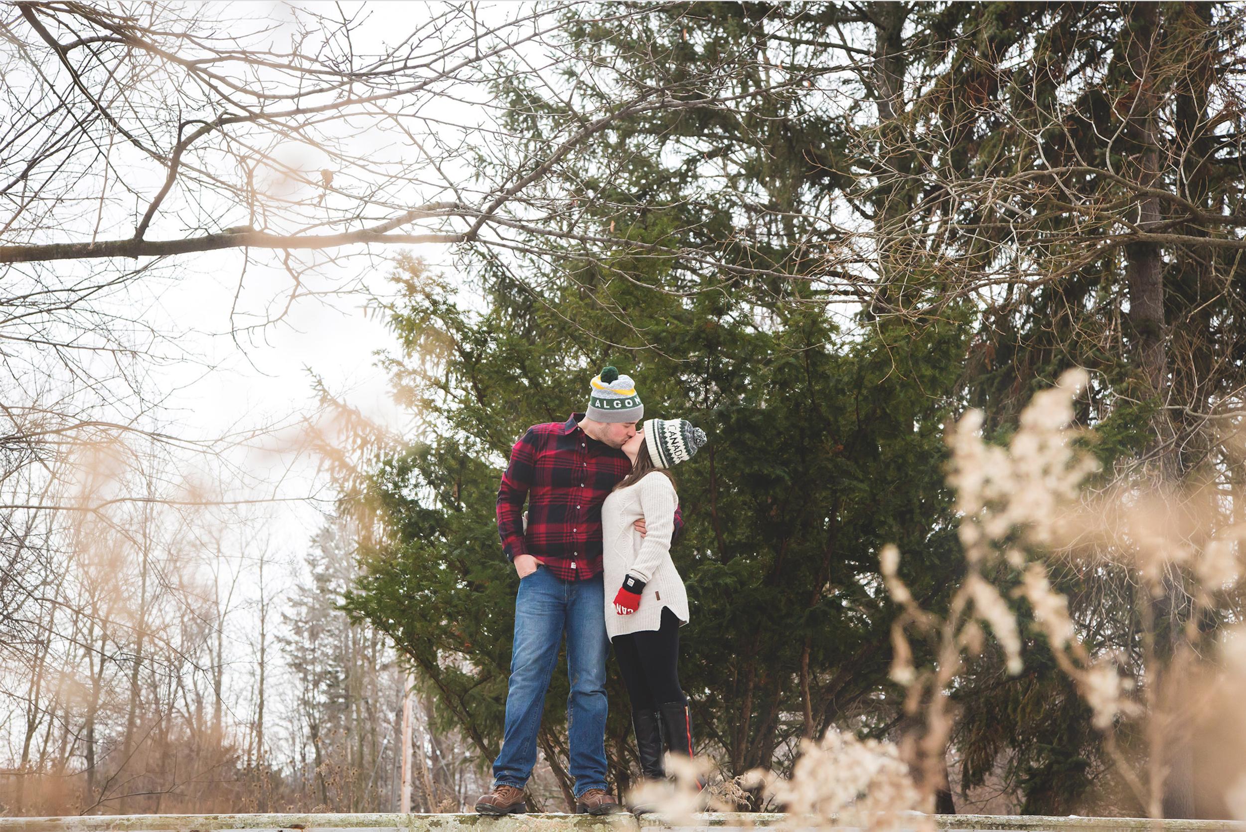 Engagement-Photos-Hamilton-Niagara-Toronto-Burlington-Oakville-Photographer-Engaged-Ring-Photography-Dog-Winter-Moments-by-Lauren-Image-14.png