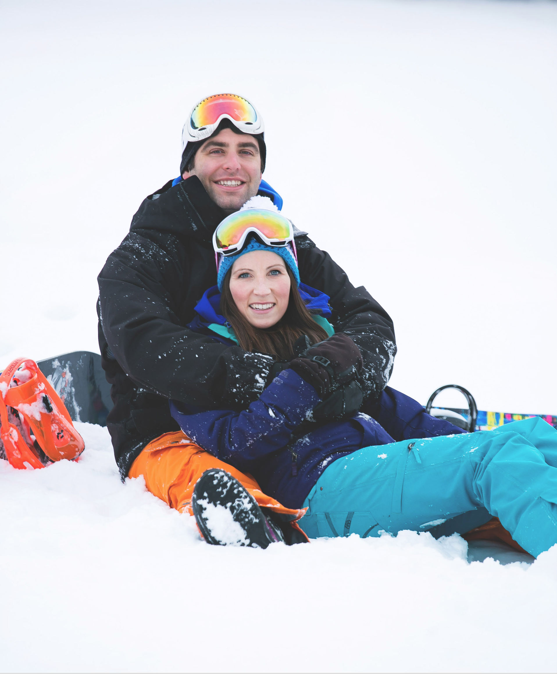 Engagement-Photos-Hamilton-Niagara-Toronto-Burlington-Oakville-Photographer-Engaged-Ring-Photography-Snowboarding-Winter-Moments-by-Lauren-Image-7.png