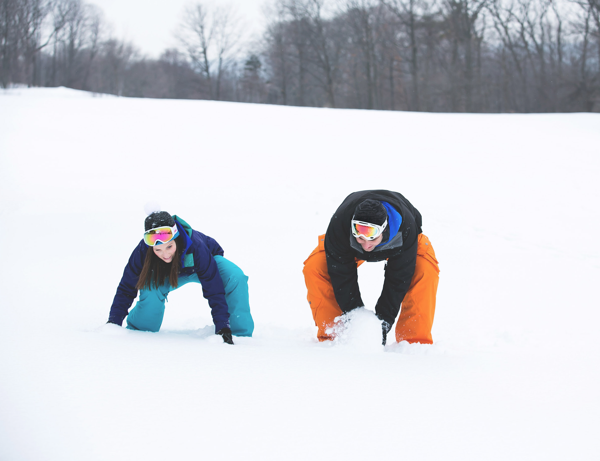 Engagement-Photos-Hamilton-Niagara-Toronto-Burlington-Oakville-Photographer-Engaged-Ring-Photography-Snowboarding-Winter-Moments-by-Lauren-Image-13.png