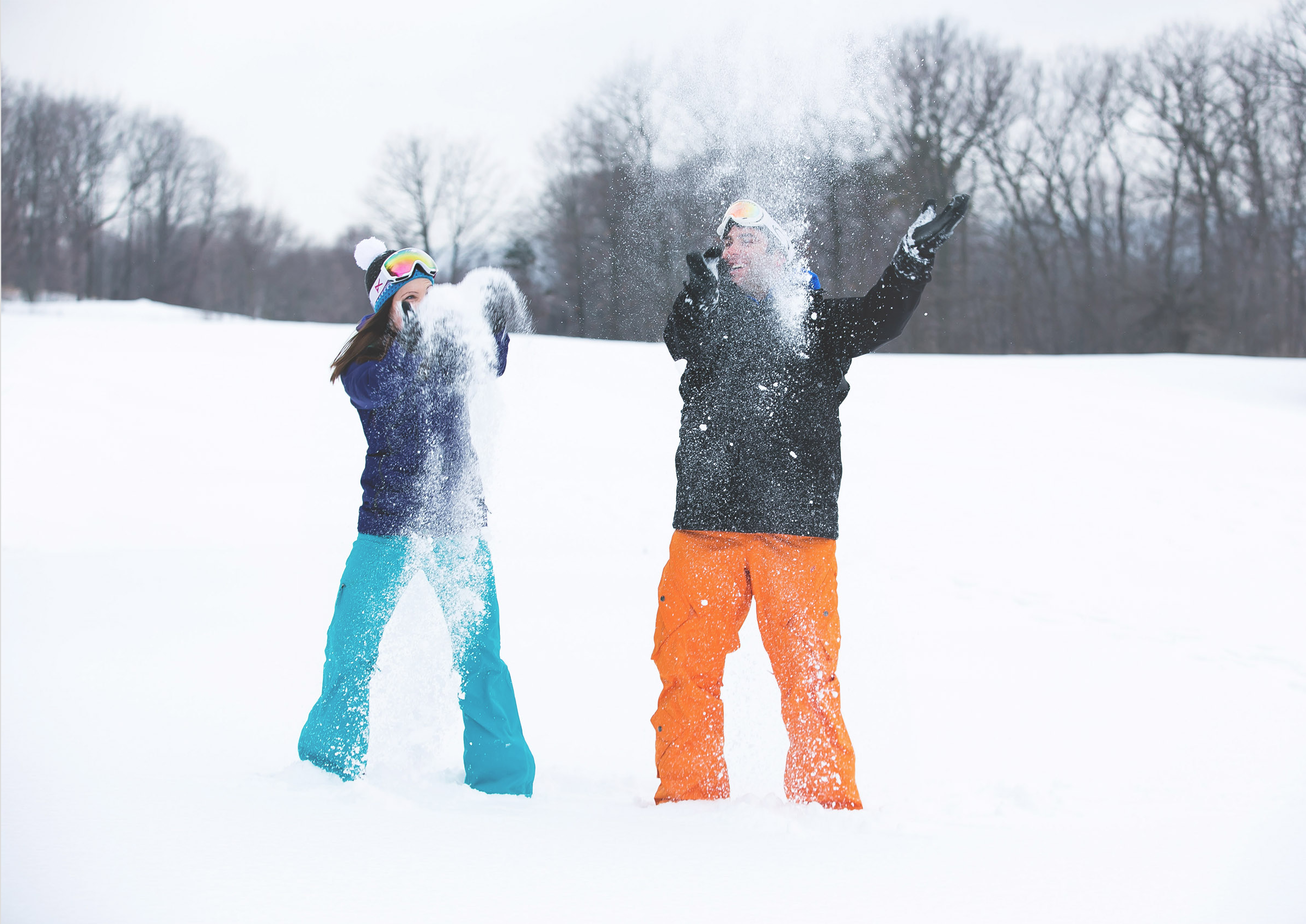 Engagement-Photos-Hamilton-Niagara-Toronto-Burlington-Oakville-Photographer-Engaged-Ring-Photography-Snowboarding-Winter-Moments-by-Lauren-Image-14.png
