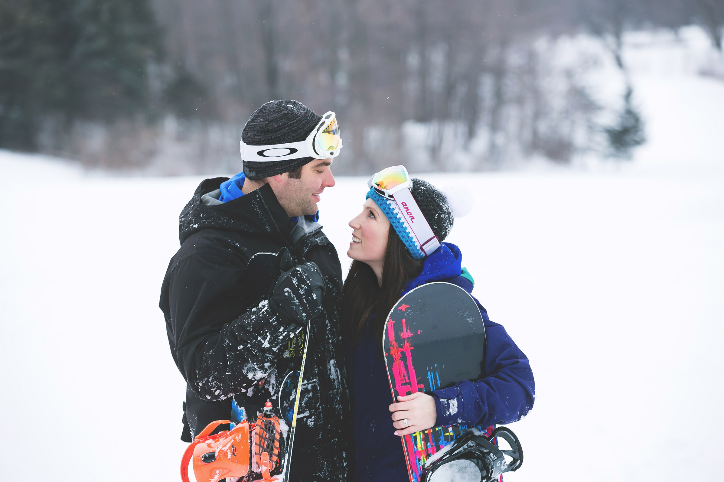 Engagement-Photos-Hamilton-Niagara-Toronto-Burlington-Oakville-Photographer-Engaged-Ring-Photography-Snowboarding-Winter-Moments-by-Lauren-Image-22.png